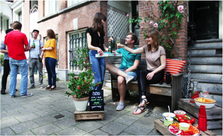 Espace public participatif dehors ville