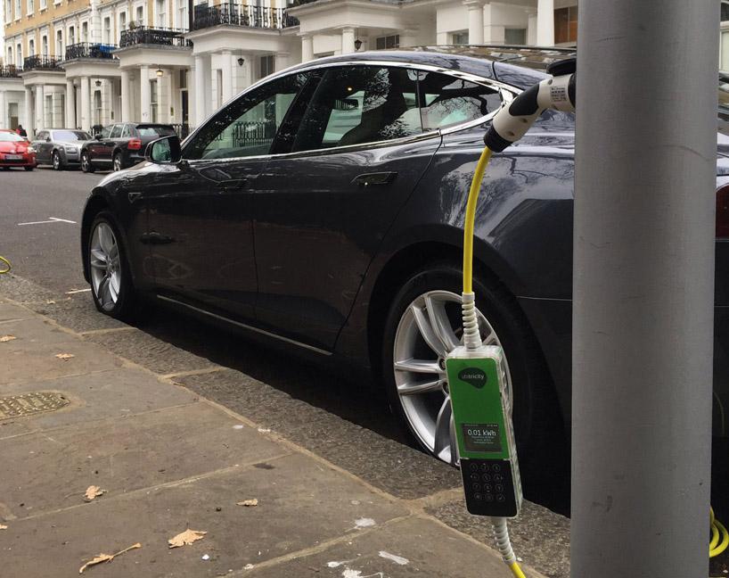 Ubitricity Lampadaire Voiture électrique Recharger Londres