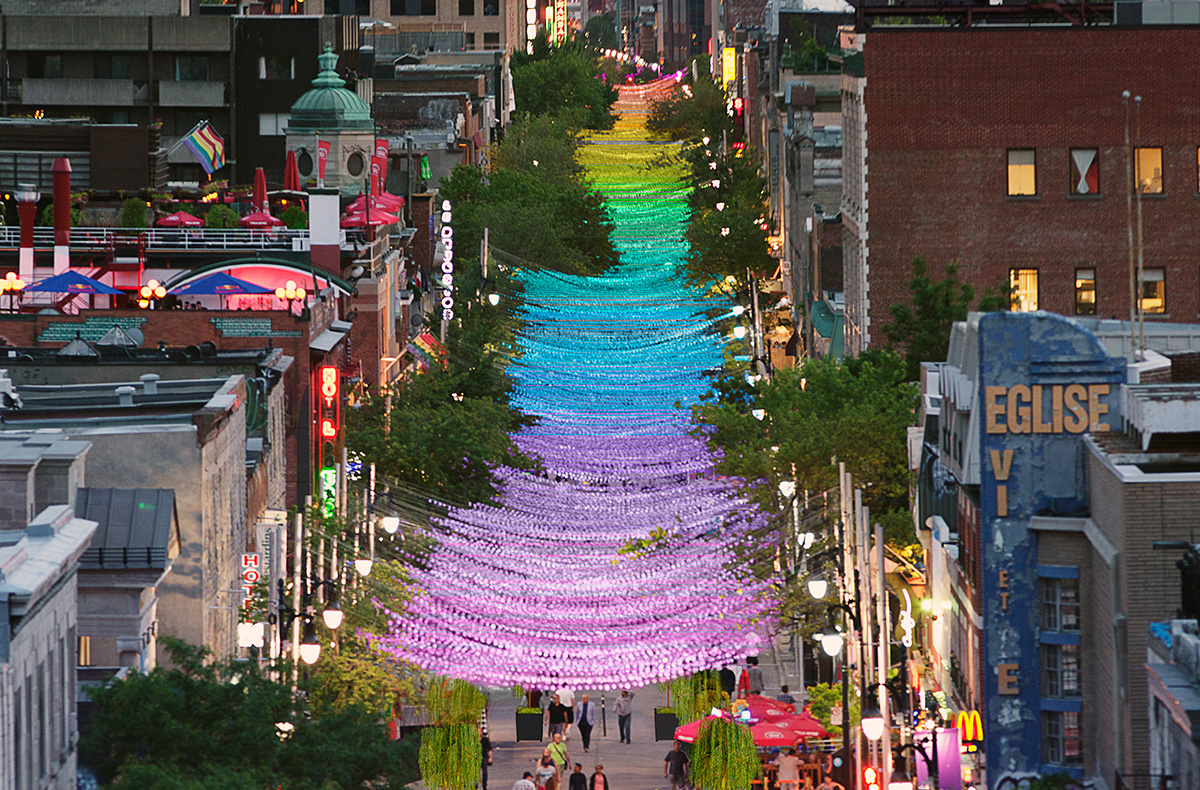 18 nuances de gay Claude Cormier Montreal Canada Gay Pride Couleurs Rue Art Brève